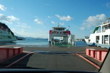 竹原の港からフェリーで大崎島へ