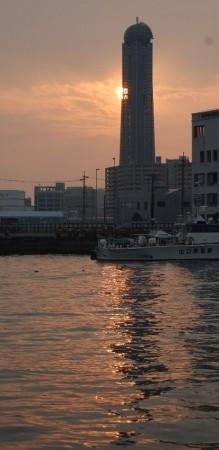 下関港の夕日