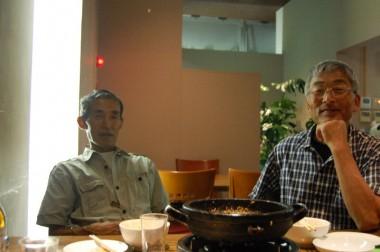 夜は韓国料理を食べに