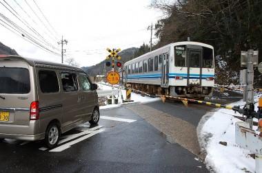 広島県三次市から日本海側までの三江南線で出会ったディーゼルカー