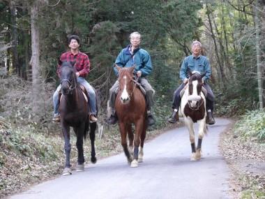 馬主、TAM,VFKで山歩き、おとなしい馬でとてもウマが合いました