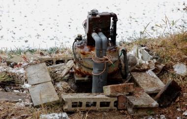 撤去する深井戸用ダブルジェットポンプ