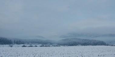 朝9時頃自宅から300m付近からの雪景色