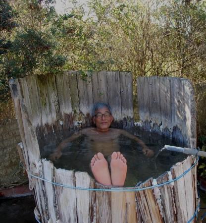 今にも分解して倒れそうなそして案外気持ちいい樽温泉