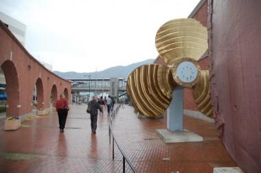 大和ミュージアム入口の巨大スクリュー
