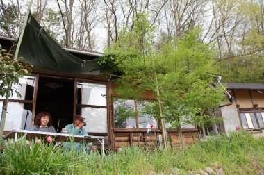 雨の予報だったのでテントを張ったけど日除けになった、最後はコーヒーで