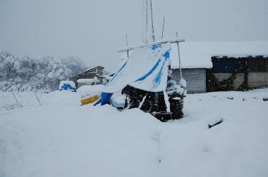 井戸ボーリング現場は25cmの積雪