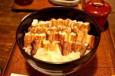 宮島といえば穴子ご飯でしょうね