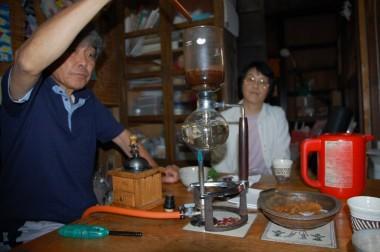 35年来の知人が家まで道具持参でコーヒーのサービス