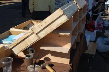 SUWさんが作ったディスプレーの組立式架台