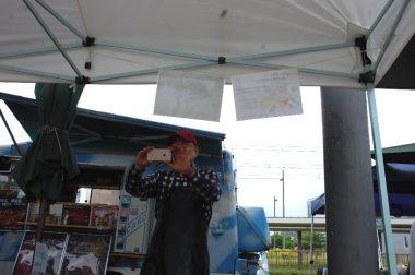キャンピングカーリ―のTAMさんはのんびりと写真を