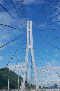 同じ橋でも見る場所でこんなに違う