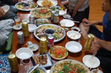 この料理は百華倶楽部メンバーである料理人2人によるもので2部屋行き渡っていた