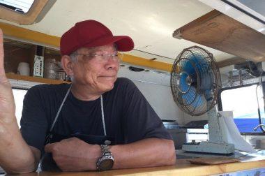 キャンピングカーリ―のTAMさんも扇風機に頼って!