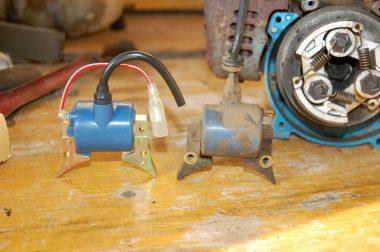 新旧です。発電→高電圧→プラグコードへ