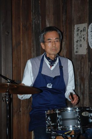 最後にHIROさんのドラム演奏