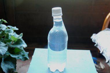 ボトルの首を曲げたら飲みやすい?