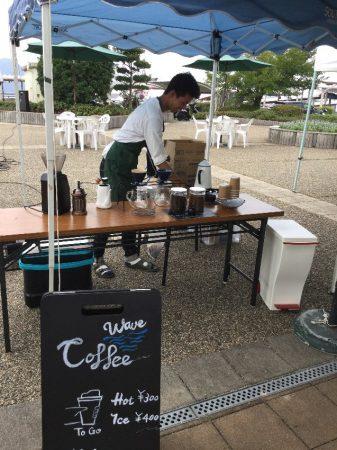 隣のお店は今回が初出店のコーヒー屋さん