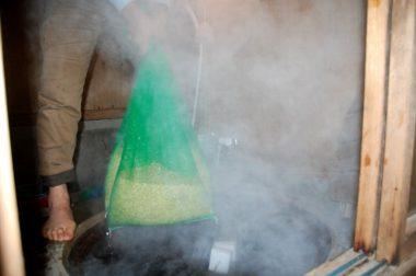 60度の湯に10分間入れて殺菌消毒