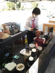 コーヒー屋さんも久々の出店