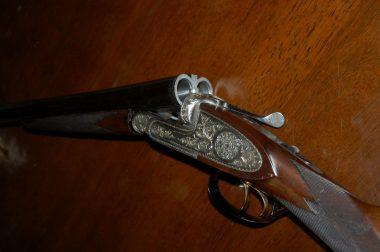 銃砲メーカーに頼み込んで作ってもらった(カタログには載っていたけど製造していなかった)