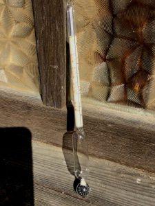 塩水濃度を測るボーメ計(比重計)