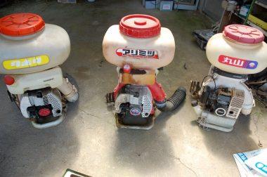 左はエンジン好調燃料タンク割れ、中はエンジン不調燃料タンクOK、右はエンジン不調散布パイプ有