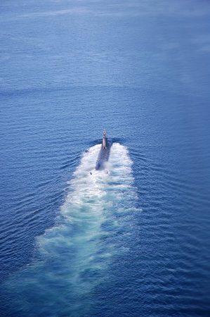 浮上航行中➀